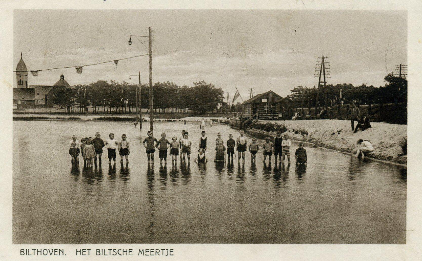 1926 Het oude Biltsche Meertje met kinderen